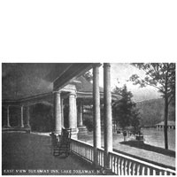 The massive veranda at the Toxaway Inn
